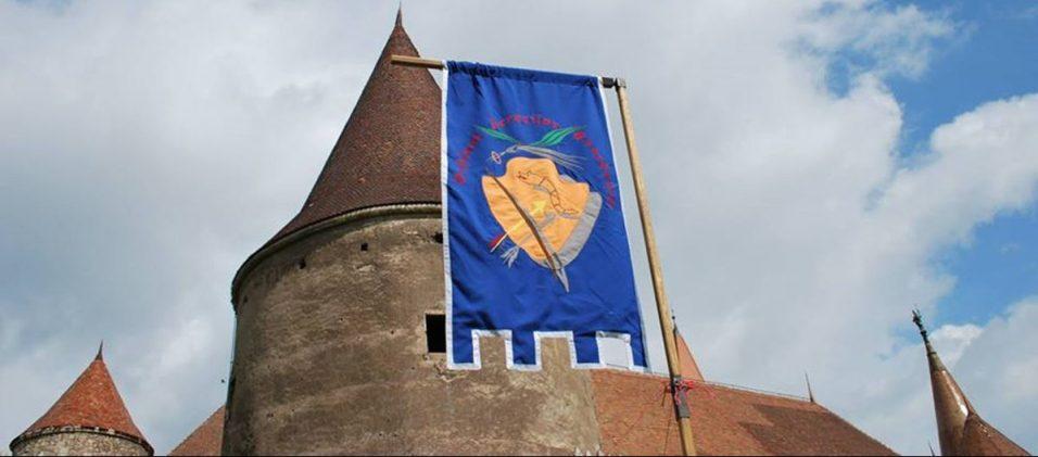 tir cu arcul Castelul Corvinilor (3)