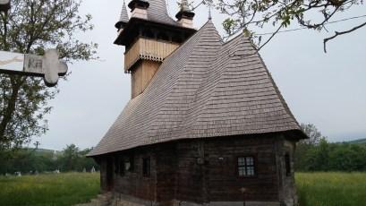 biserica_lemn_aghiresu