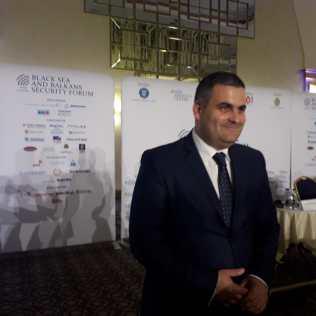 Ministrul Apararii Nationala Gabriel Les Radio Constanta