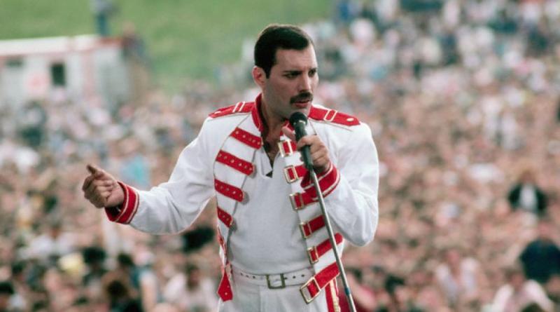 Freddie Mercury il 5 settembre avrebbe 71 anni