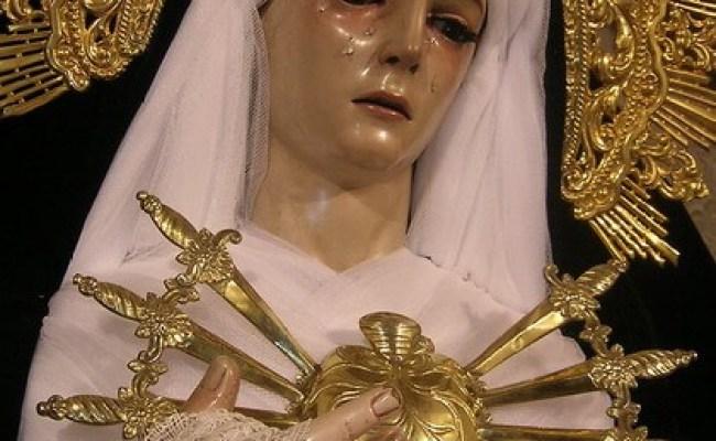 Corona De Los Siete Dolores De La Virgen María Radio