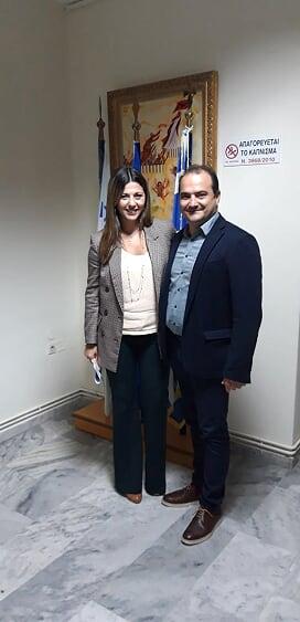 Για ζητήματα του δήμου Διδυμοτείχου αλλά και τηνδημιουργία ενός πιλοτικού πειραματικού σχολείου σε συνεργασία με την Πρεσβεία της Σουηδίας στην Αθήνα συζήτησαν ο δήμαρχος Διδυμοτείχου με την Υφυπουργό Παιδείας