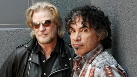 1 Hall and Oates_0
