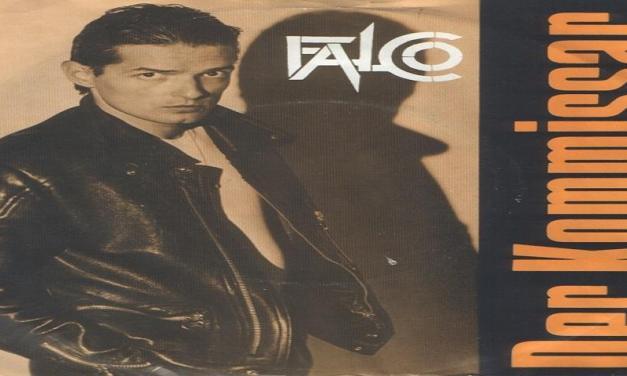 """Ottobre 1982: il brano """"Der Kommissar"""" di Falco #1 delle hitchart."""