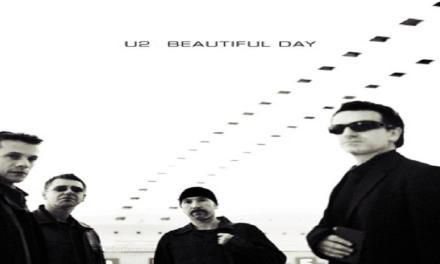 """Ottobre 2000: il singolo """"Beautiful day"""" degli U2 #1 delle hitchart."""