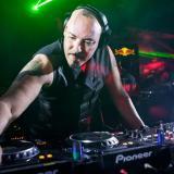 I migliori top deejay's mondiali accendono il weekend di Radio Flash