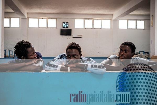 """Nuovo appuntamento con """"La Settimana"""" di Radiogaiaitalia.com in #podcast: di migranti e di balle spaziali"""