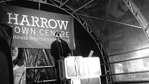 Harrow Town Centre Christmas Lights - Sir Skanksalot DJ