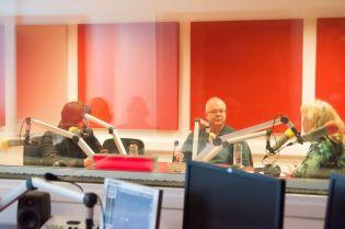 MARK STRINGER SI GABRIEL BEBESELEA LA RADIO IASI - 02 04 2015_02