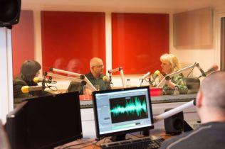 MARK STRINGER SI GABRIEL BEBESELEA LA RADIO IASI - 02 04 2015_06