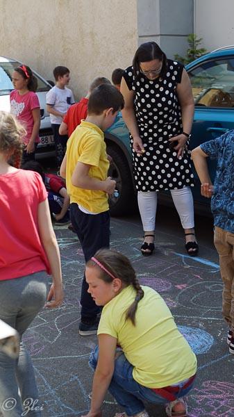 1 iunie - copilarie si culoare-206