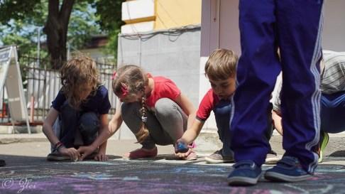 1 iunie - copilarie si culoare-220