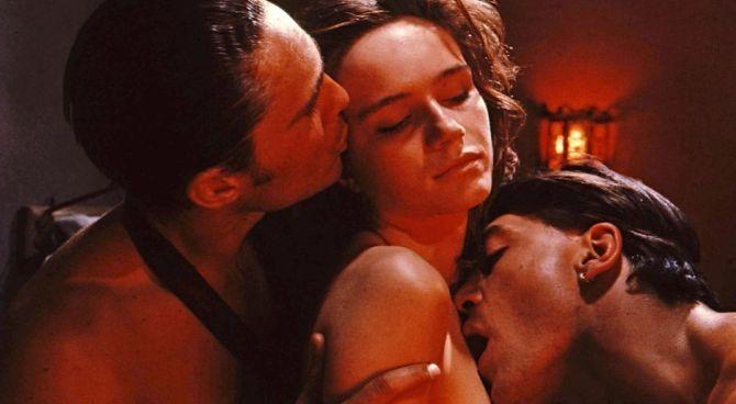 Sessualità e Simbiosi: Il Cerchio Magico #1
