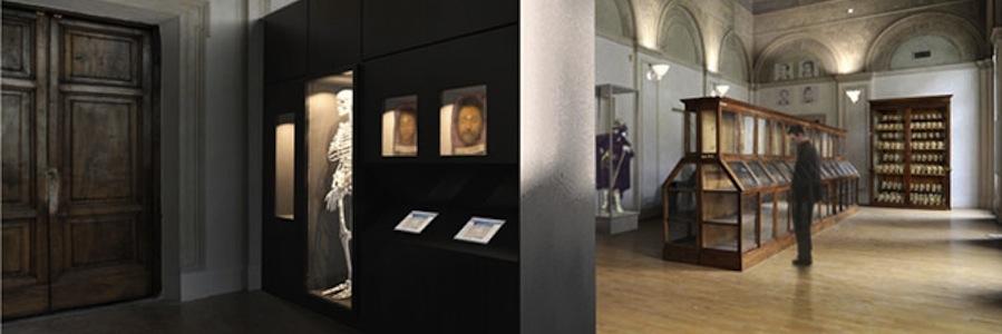 Il museo lombroso, a sinistra lo scheletro del suo fondatore