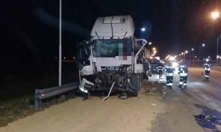 Fallece un cañadense en accidente entre dos camiones
