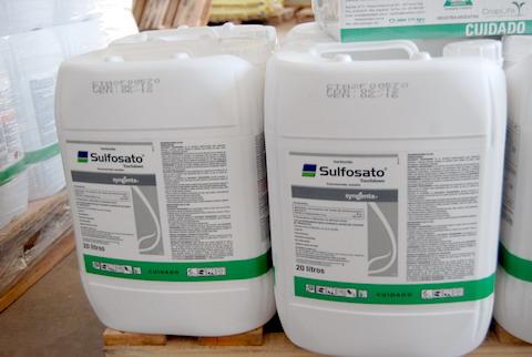 Robaron 100 bidones de 20 litros de sulsofato cotizado en 10 mil dólares