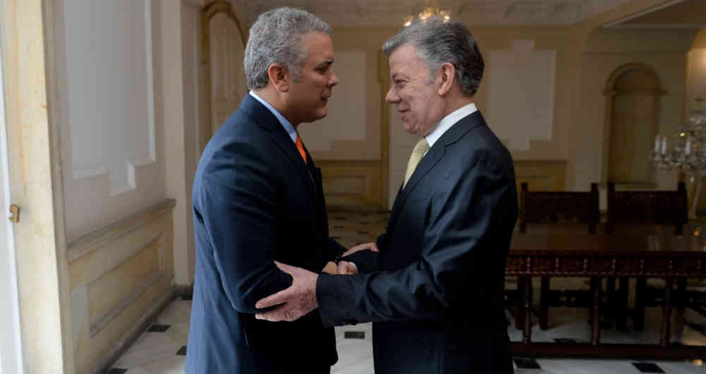 Paramilitarismo en red: La gobernanza Santo-Uribista - Santos-empalma-con-Duque