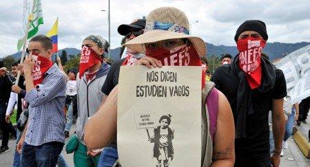 La educación pública en Colombia, en grave estado - 1083774137