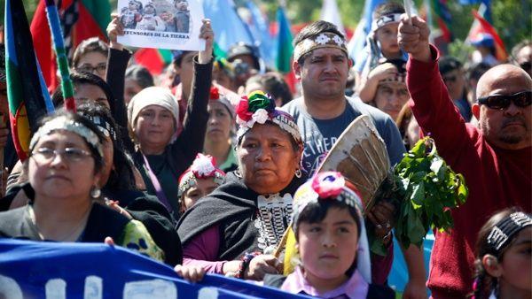 Pueblo Mapuche inicia movilizaciones por 48 horas en Chile - mapuches_10082017_efe_3.jpg_1718483347