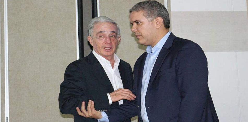 "Colombia: La ruta de la ""perfidia"" o la renuncia a la buena fe - lvaro-Uribe-e-Iván-Duque"