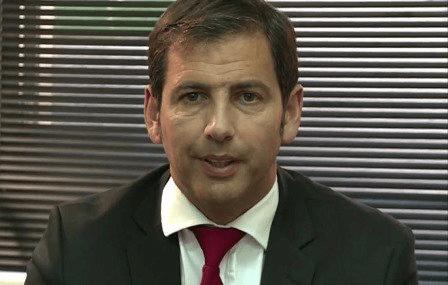 Joan Navarro Presidente de la Federació Catalana entra en