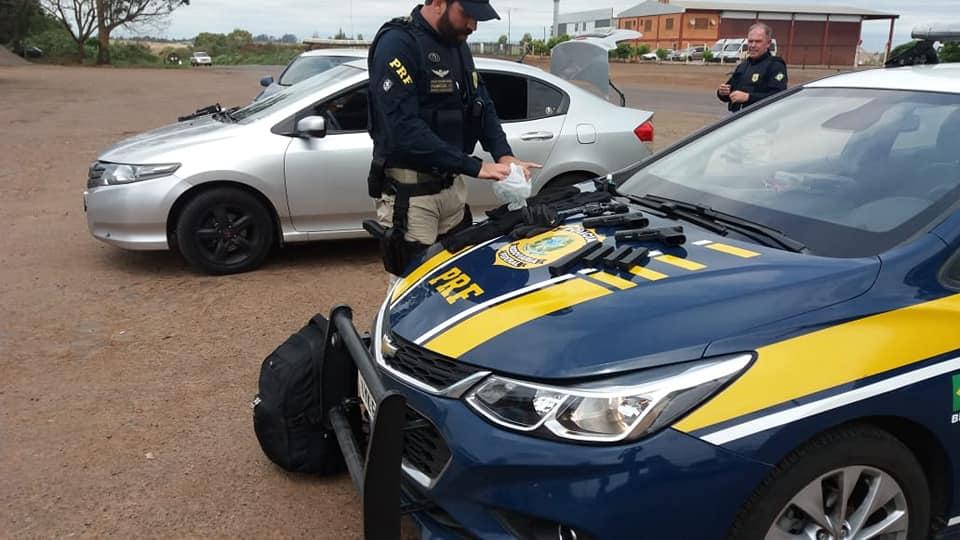 PRF prende cinco homens suspeitos de quadrilha que ia realizar ataque na região