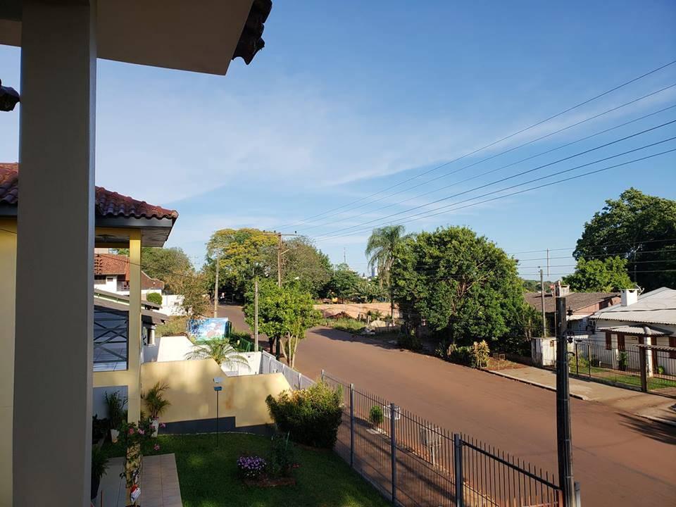 Domingo de sol calor e temperaturas elevadas