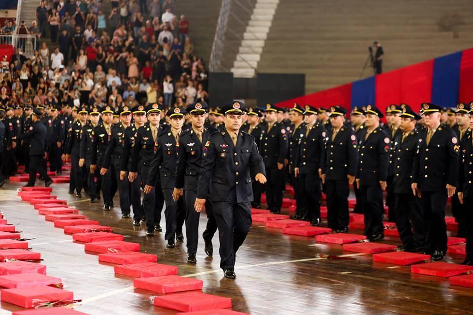 Oito bombeiros de São Luiz Gonzaga se formam sargentos