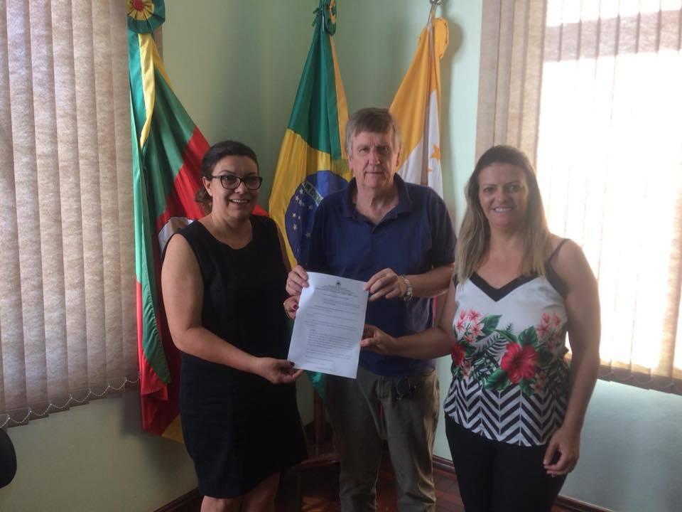 Lei da vereadora Ana Barros que isenta IPTU para pessoas em vulnerabilidade é sancionada