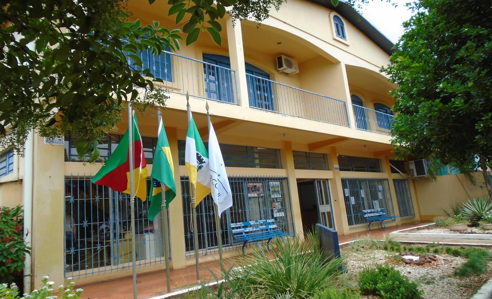 Prefeitura de Pirapó contrata docentes e monitores temporários