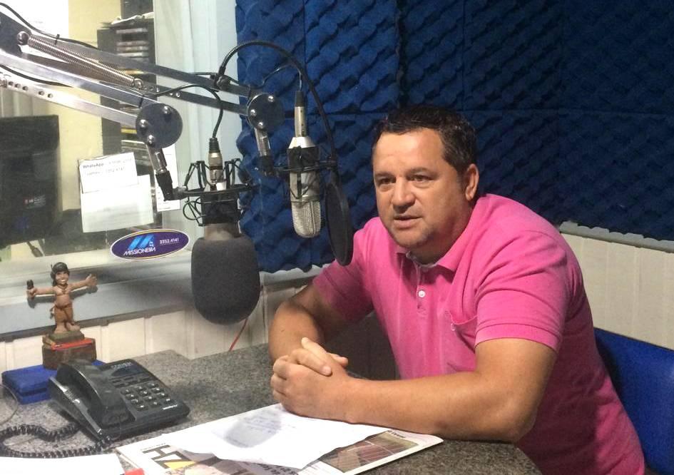 Vice-prefeito acompanha obras na cidade e fala em retomada de mutirões