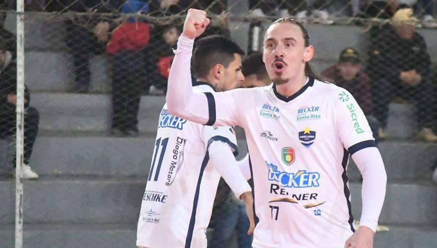 Rafa Carvalho renovado para mais uma temporada no Cerro Largo