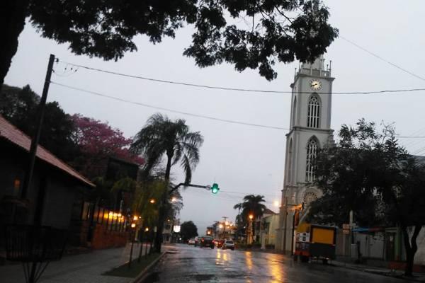 Semáforo da esquina da Igreja apresentou problemas