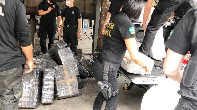 Polícia Federal incinera mais de 2 toneladas de drogas