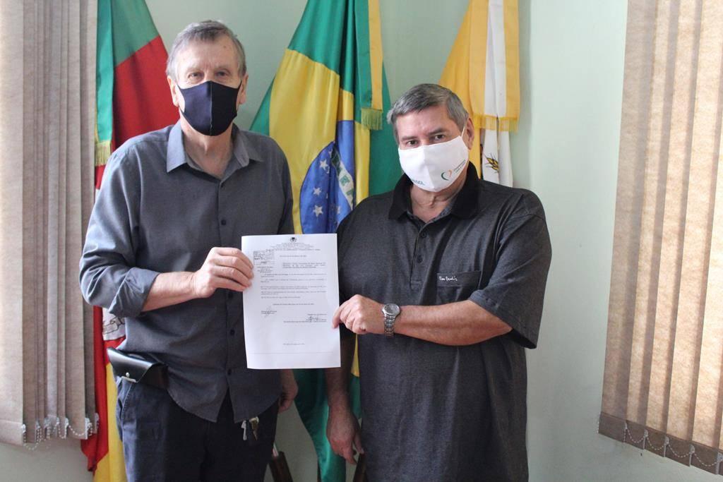 """Sancionada lei que denomina o """"Centro Comunitário Dorvalina de Oliveira Fernandes"""", no Bairro Agrícola"""