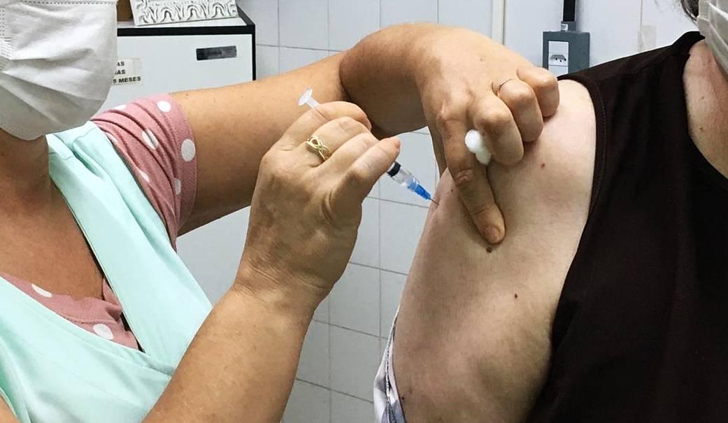São Luiz Gonzaga inicia a imunização de pessoas com 61 anos nesta terça-feira