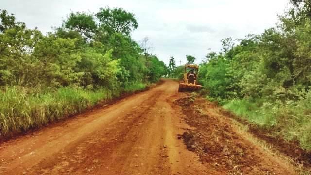 Estradas rurais de Santo Antônio das Missões recebem patrolamento