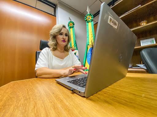 Deputada Patrícia Alba explica o motivo da contrariedade à venda da Corsan