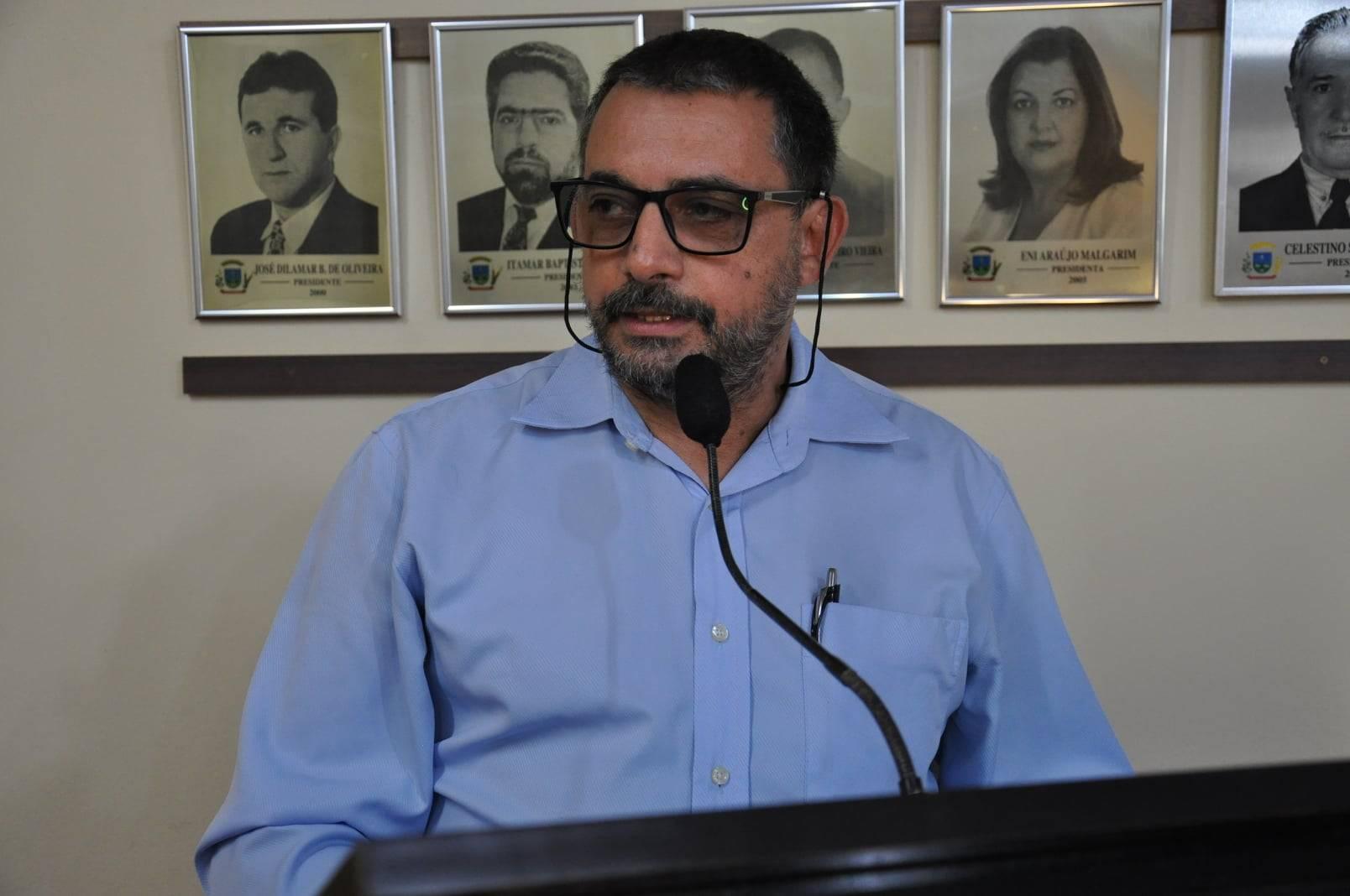 Filas em agências bancárias da cidade: vereador Valmir manifesta preocupação