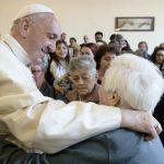 Le Pape François renforce le message de Jésus sur l'amour Chrétien