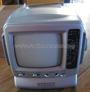 television noir blanc avec radio am fm