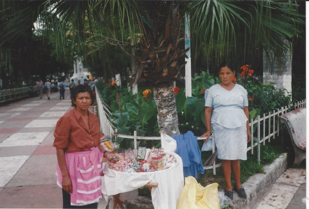 Street vendors in San Salvador