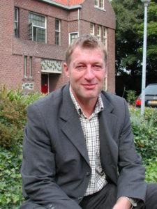Dr. Ronald Reijnders