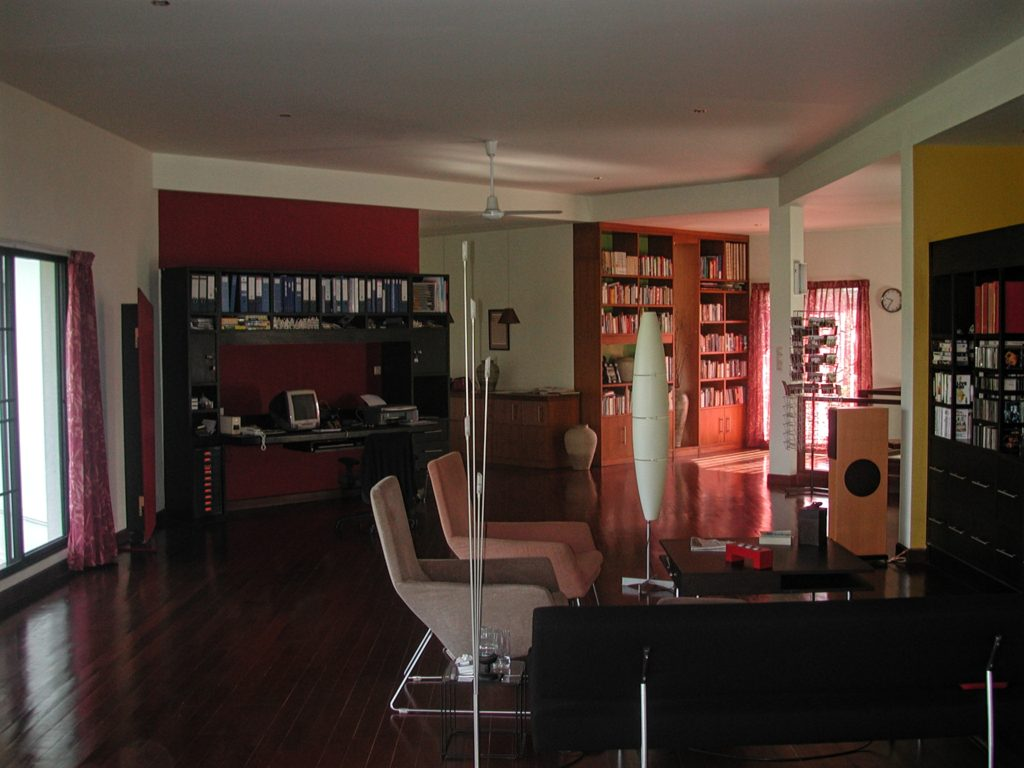 Inside Annelie Hendriks' house