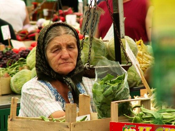 Belgrade market woman