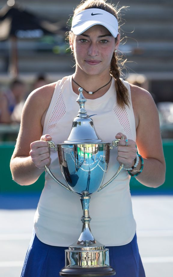 Lewis and Sitak crowned NZ tennis champions  Radio New