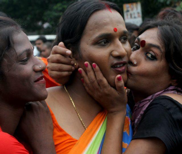 Indias Lgbt Community Celebrates The Court Decision To Decriminalise Gay Sex Photo Str Nurphoto