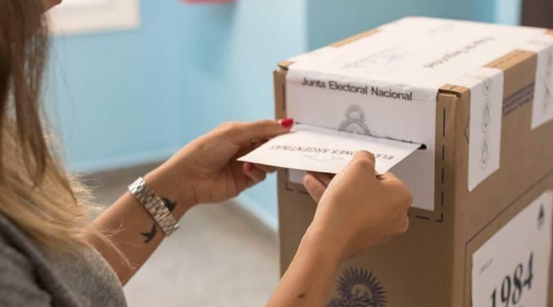 """Luciana Grossi: """"Se ganó Constitución, Villa 31, San Telmo y estamos a 150 votos de ganar Monserrat"""""""