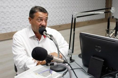 Prefeito de Iguaracy tem reuniões para tratar de saneamento e água