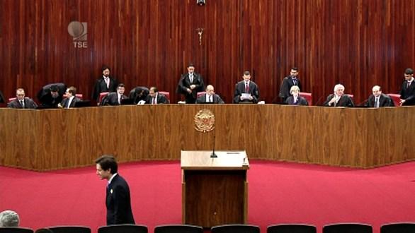 TSE retoma hoje o julgamento do Prefeito Sávio Torres